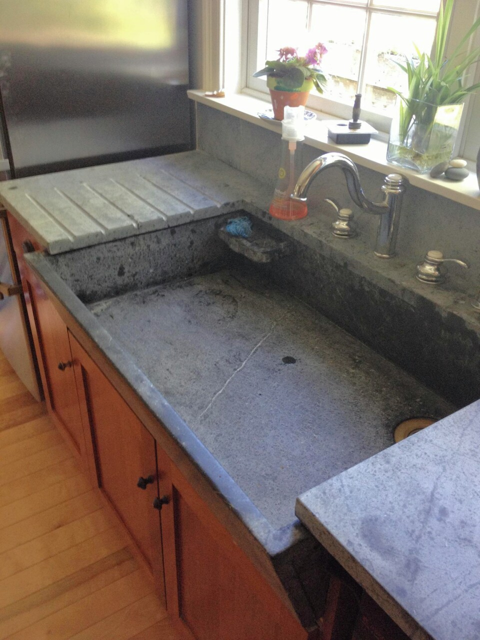 Soapstone Sink : Refurbished-Soapstone-Sink-with-Drainboard-2.jpg